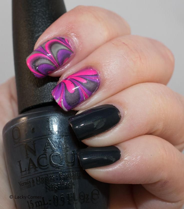 Lacky Corner: United In Grey - OPI Dark Side Of The Mood with watermarble