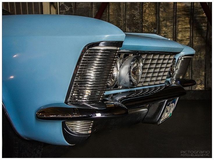 Locozoom: Buick Riviera 1964
