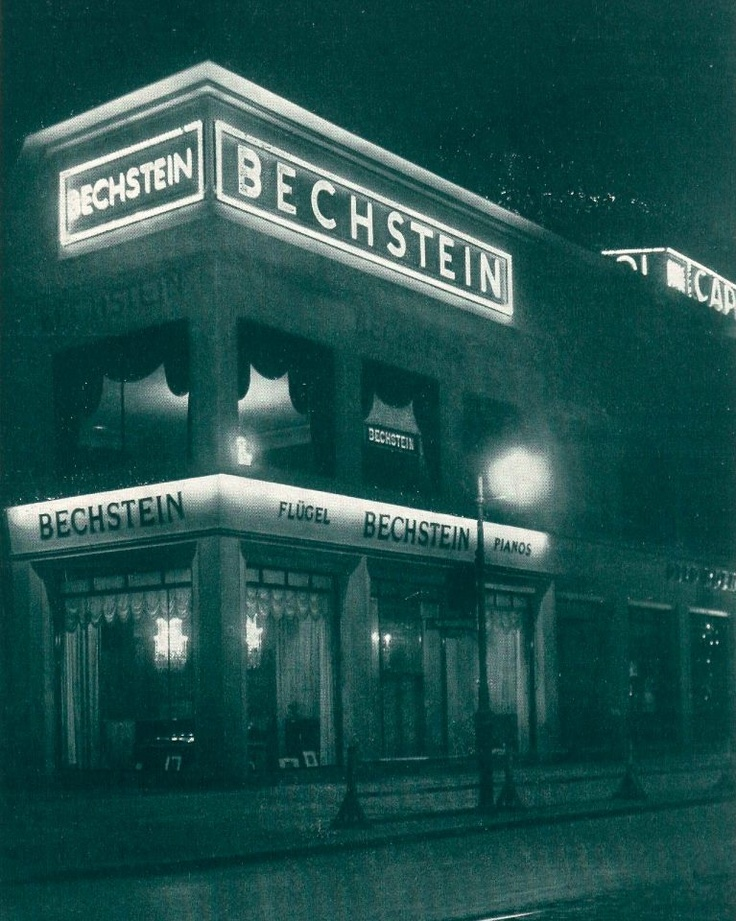 Simple Digging through the treasure chests in our archives we have found this gem and decided to share it with you The Bechstein Picture Book Das Bechstein