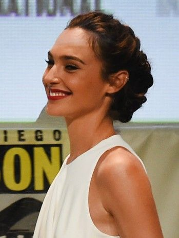 Style Crush: Wonder Woman Gal Gadot | PRIMPED