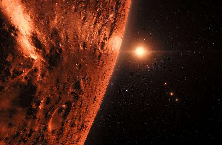 El telescopio Hubble ha observado indicios prometedores de presencia de agua en TRAPPIST-1. De confirmarse, nuestro interés en este sistema podría crecer todavía más... #astronomia #ciencia