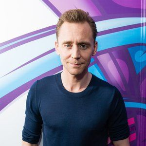 Tom Hiddleston To Star In Kenneth Branagh's 'Hamlet' On London Stage #FansnStars