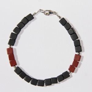 Bracelet Homme Onyx et Jaspe rouge * Men' Bracelet Onyx & Red Jasper http://www.edendrops.com/60-239-thickbox/bracelet-homme-onyx-et-jaspe-rouge.jpg