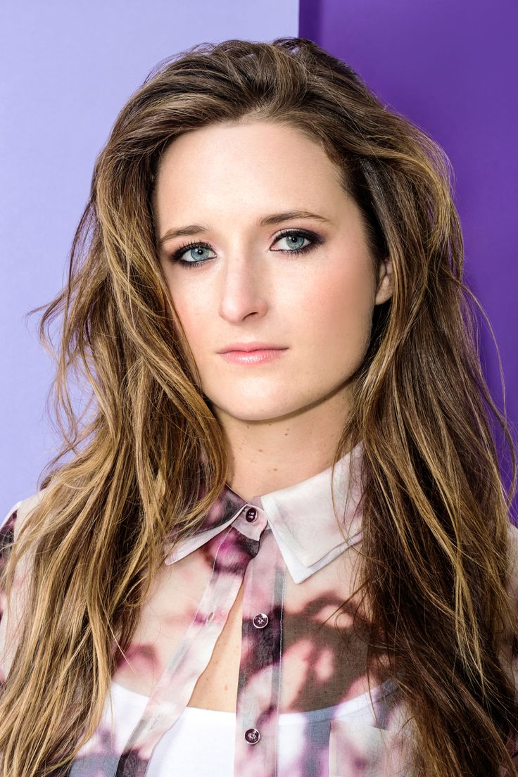"""Meryl Who? Grace Gummer Does Not Want To Talk About Her Mom #refinery29 http://www.refinery29.com/2014/09/74491/grace-gummer-interview#slide5 What is it about those theatrical roles that appeals to you? """"There's something about theater where you have complete control over everything you do; to be put on the spot like that and have it be totally up to me when the lights come on. It's nice to have complete control over your image and your work. I love doing theater. I've done a lot and am ..."""