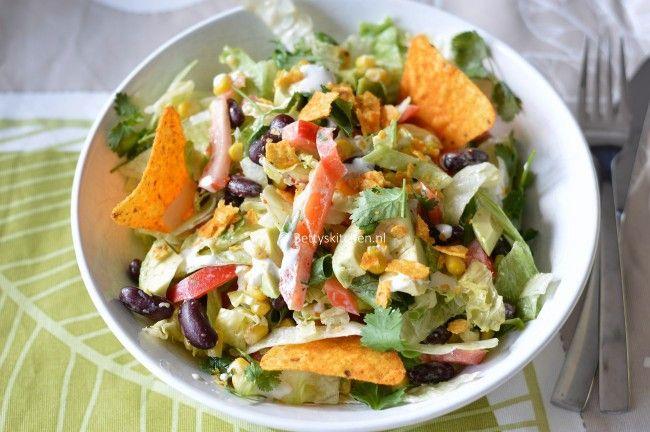 Zet een lekker Mexicaans of Spaans muziekje op, en met deze vegetarische Mexicaanse salade bent je op vakantie in eigen land.