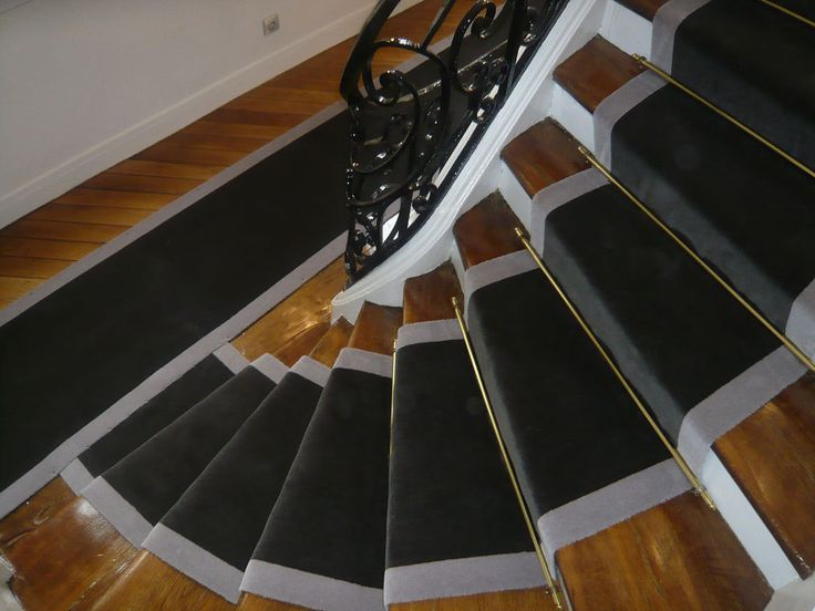 20 best tapis d 39 escalier images on pinterest stairs stairways and ladders. Black Bedroom Furniture Sets. Home Design Ideas