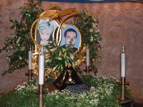 princess diana funeral photos | Princess Diana and Dodi al Fayed Memorial in Harrods Department Store ...
