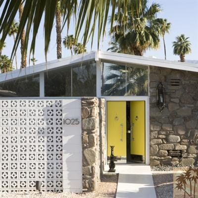 Yellow door, mid century modern home! put this in palm springs and it's my dream home
