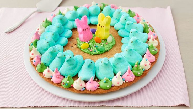 Kids will love helping decorate this fun and playful giant cookie, complete with PEEPS® marshmallow chicks and bunnies. Perfect for a spring gathering or party.