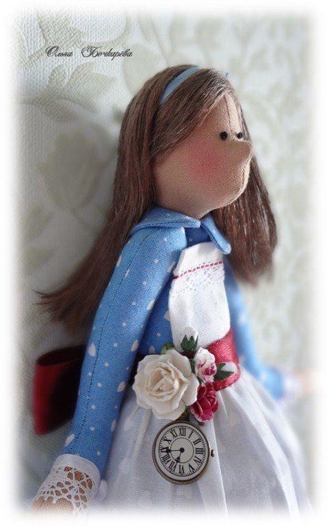 tilde Doll