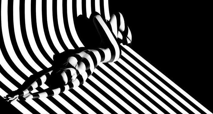 Les ombres sont une excellente manière de créer des photographies puissantes. Elles sont disponibles constamment, elles sont gratuites et elles sont