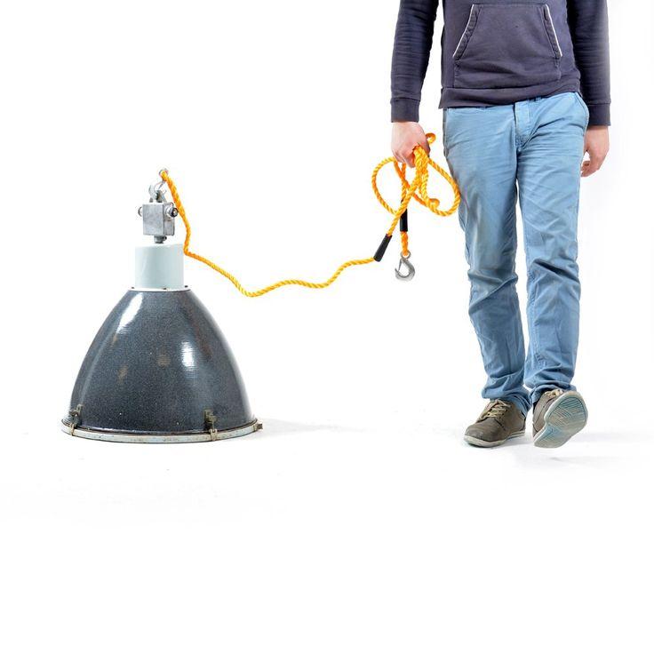 Veľká industriálna lampa
