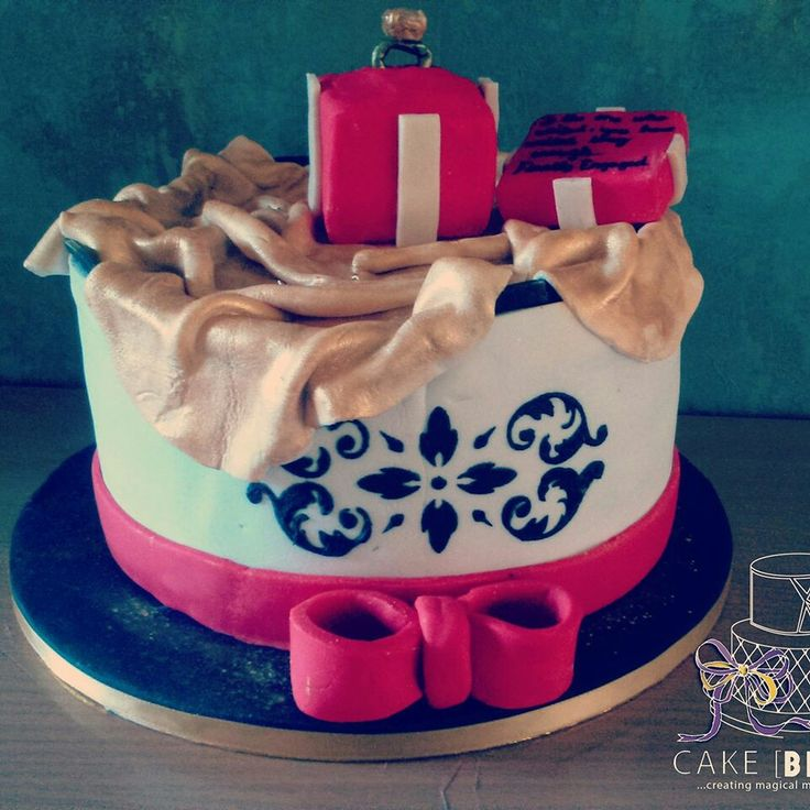 Engagement chocolate with chocolate filling cake
