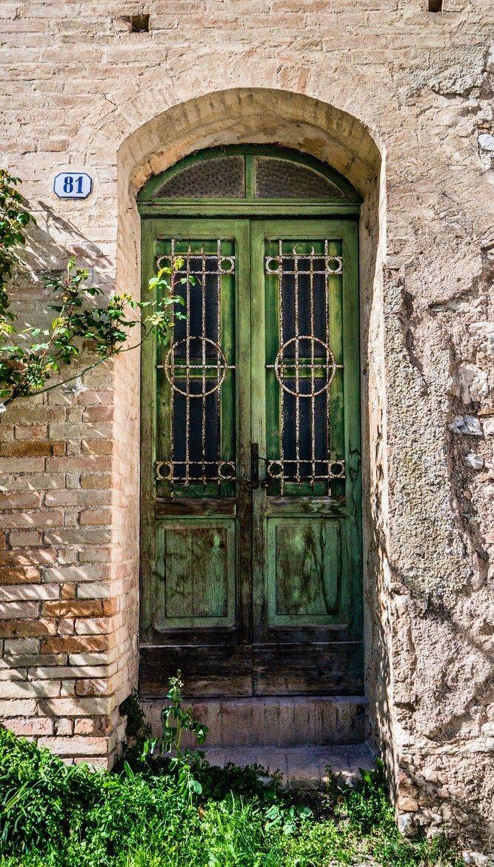 Croce, Marche, Italy