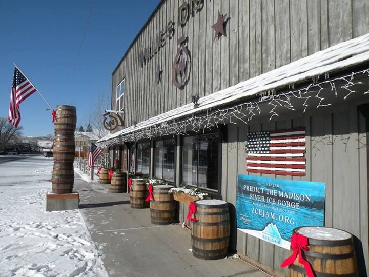 Meet The Team From Willies Distillery In Ennis Montana