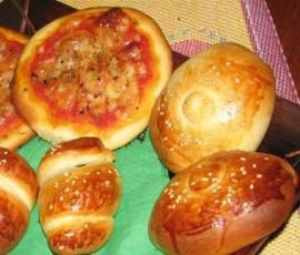 Ricetta Rosticceria siciliana: panzerotti e rollò di wurstel bimby