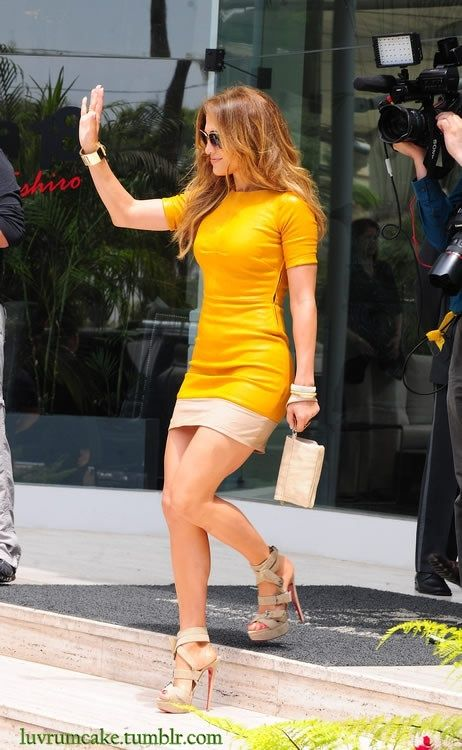 JLo!!!! I love her clothes