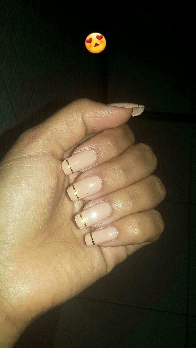 @babis_vieira #bignails #naturalnails #nude #gold