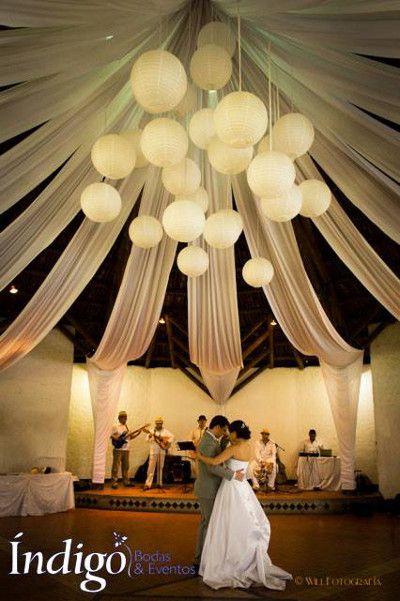 Globos chinos en bodas 24.jpg (400×601)