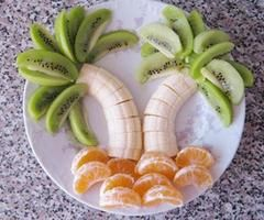LOVE this!! And so will my kiddos..=) Who knew fruit could be so much fun?
