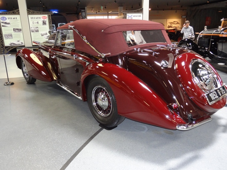 12 best mullin automotive museum in oxnard images on pinterest bugatti autos and antique cars. Black Bedroom Furniture Sets. Home Design Ideas