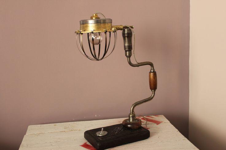 cr ations lampe vintage recup industriel lampadaire sur a little lux revisite. Black Bedroom Furniture Sets. Home Design Ideas