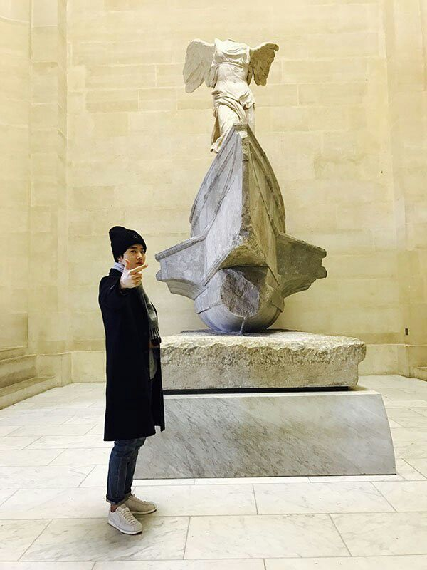Suho in Paris