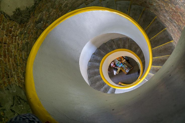 Tower stairs.jpg / Clickasnap
