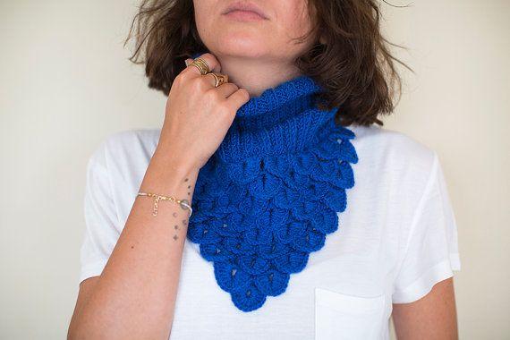Crochet Neck Warmer, Crochet Shawl, Blue Neck Warmer , Cobalt Blue