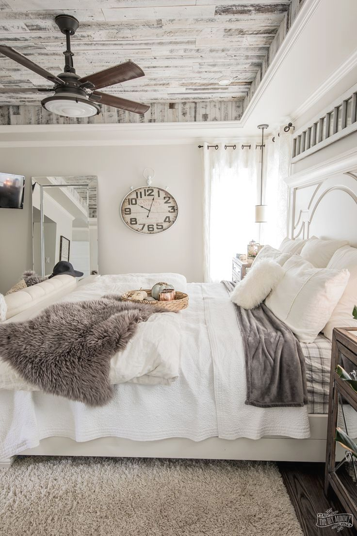 9+ Minimalist Bedroom Decorating Ideas  French country master