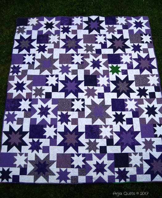 Anja Quilts: TGIFF - Double Star Quilts