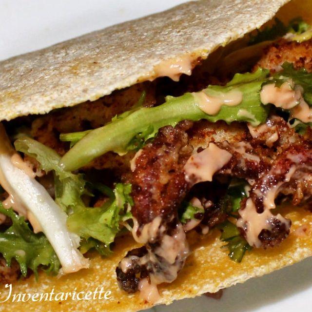I Tacos sono una sorta di piadina molto diffusa nella cucina tex-mex- La farina di mais conferisce ai tacos il colore giallo. I Tacos vengono successivamen