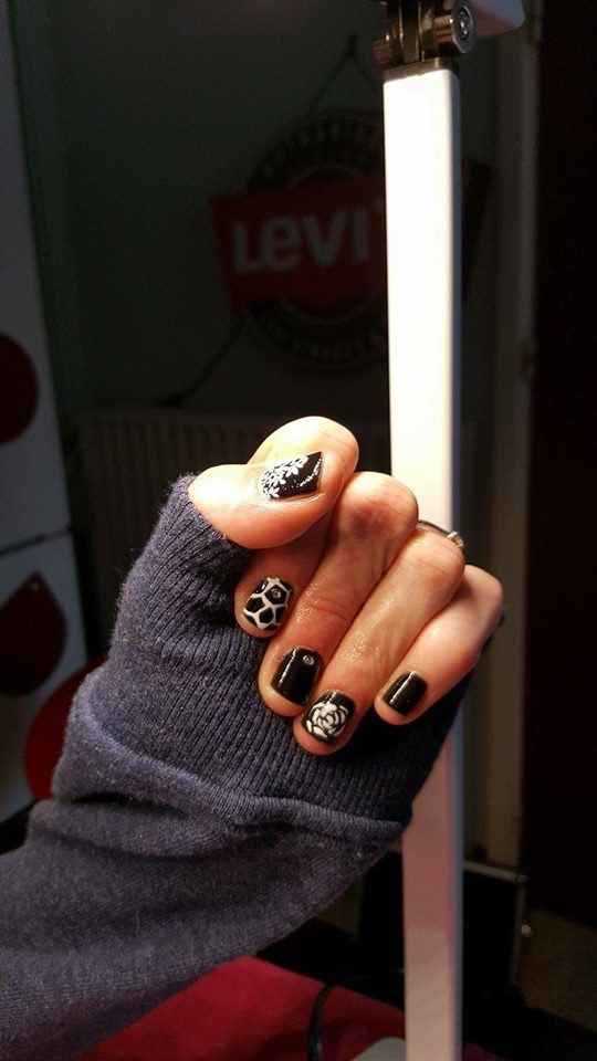 Mijn nagels. Prachtig gedaan door Vilma, pedicure aan huis.