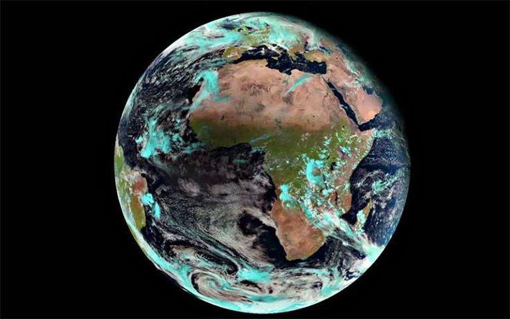 L'eclissi solare dallo spazio