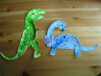 Craft: paper plate dinosaurs: Crafts Paper, Dinosaur Crafts, Plates Dinosaurs, Preschool Dinosaurs Activities, Dinosaurs Crafts Kids, Kids Crafts, Crafts Families, Crazy King, Paper Plates