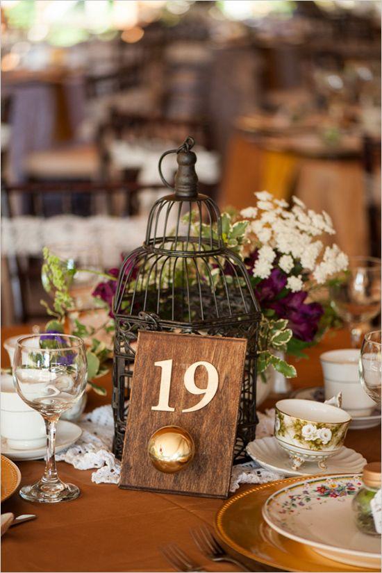 Vintage and shabby table decor. #weddingreception #shabbychic #weddingchicks Captured By: AJ Dunlap ---> http://www.weddingchicks.com/2014/04/25/elegant-1920s-mansion-wedding/: