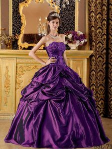Eggplant Purple Appliqued Quinceanera Dresses with Pick-ups