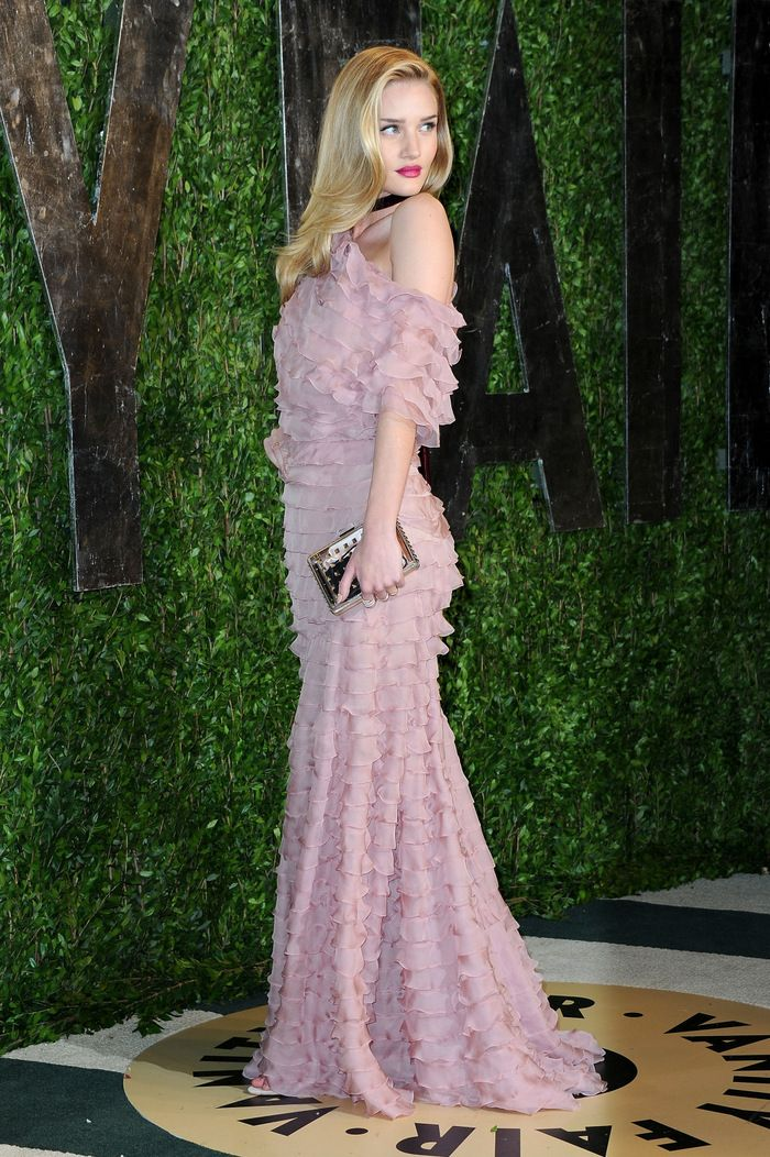 Rosie Huntington-Whiteley is all ruffles in a Valentino gown