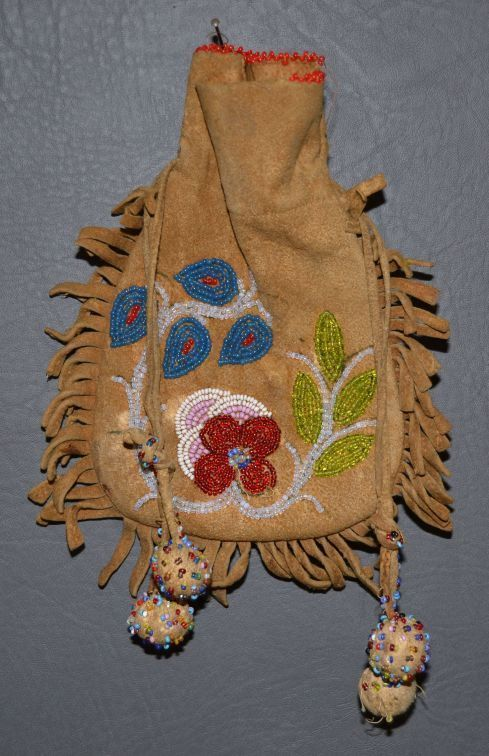 17 Best Images About Native American Beadwork On Pinterest