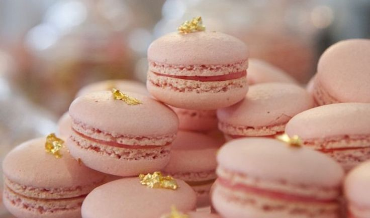 Hint of gold... #holidayentertainingFrench Pastries, Wedding Palettes, Blushes Pink, Edible Glitter, Pale Pink, Desserts Bar, Bridal Shower, Gold Wedding, Rose Gold