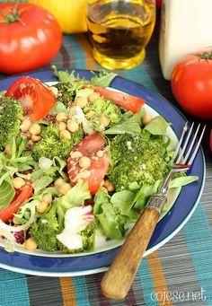 Sałatka przeciwnowotworowa, siemię lniane, ciecierzyca, brokuły | Kliknij i zobacz jak w prosty sposób możesz rozpocząć zdrowe odżywianie jeszcze dzisiaj - bez nudnego i niesmacznego jedzenia!