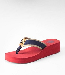 RAY WEDGE FLIP FLOP  A little height in a flip flop let's me wear it all day long-better on my feet.: Ray Wedges, Burch Red, Tory Burch, Flip Flops, Beaches Shoes, Summer Colors, Site Toryburch Us Sit, Burch Flops, Wedges Flip