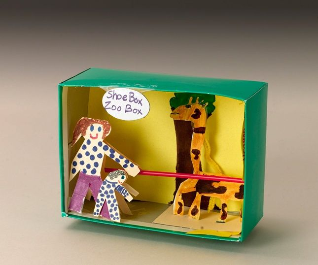 Bring a day at the zoo back home and give kids 'paws' for thought with their own 3D wildlife display. Open the cage on lions and tigers and bears... and watch kids go wild with new knowledge and untamed creativity.