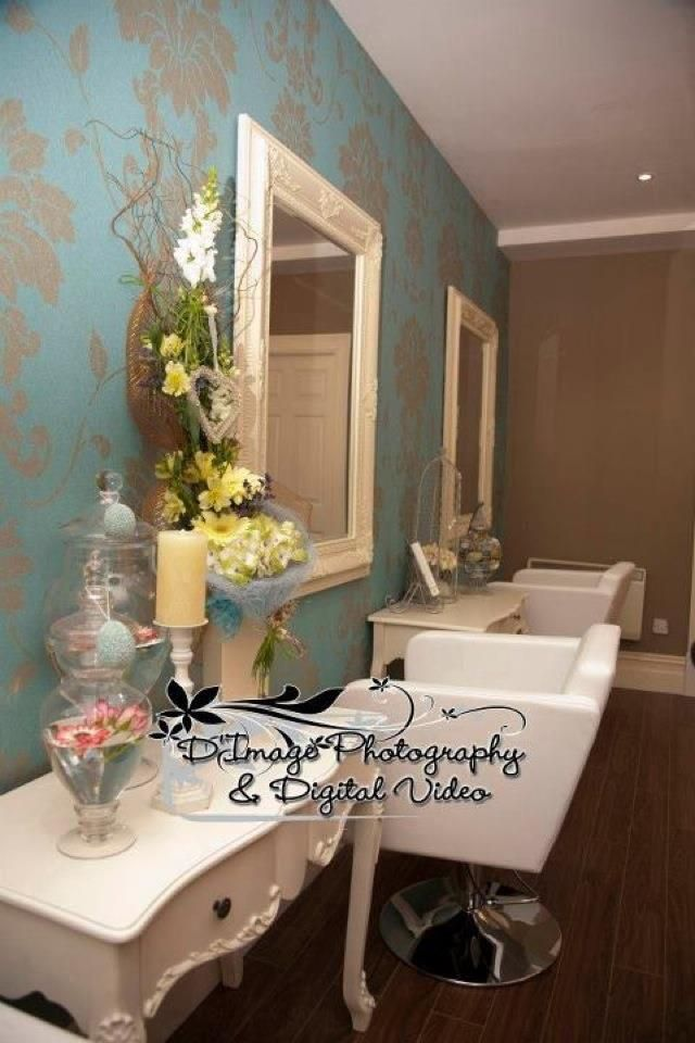 cathrionas hair salon vintage bouitque style hair salon love the wall paper salon pinterest. Black Bedroom Furniture Sets. Home Design Ideas