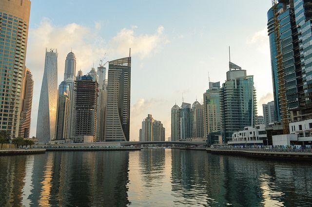 Η ειδυλλιακή μαρίνα στο Ντουμπαι,σε μια πόλη του μέλλοντος. #dubai #marina #bay #cruise #pamekrouaziera