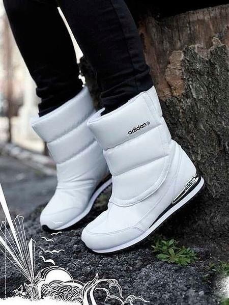 Зимняя женская обувь дутые дутики