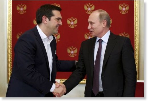 Lors d'une conférence à l'Université d'État de Moscou pour les relations internationales, le deuxième jour de sa visite officielle en Russie, le Premier ministre grec Alexis Tsipras a expliqué, selon le site DefenceNet, que la Grèce a fait le choix de...