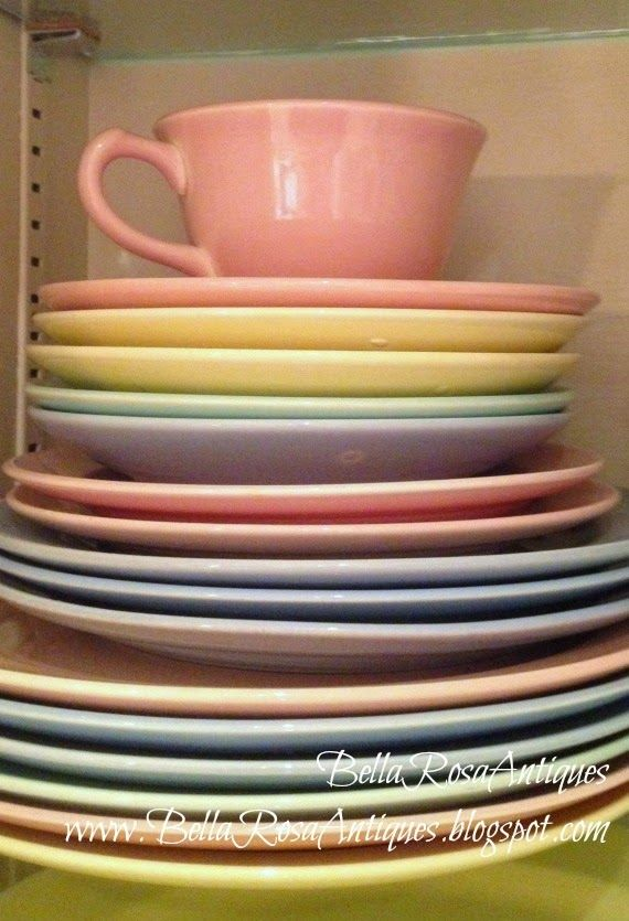 Today\u0027s Let\u0027s Talk Vintage post highlights my 23 year collection of LuRay Pastels dinnerware via BellaRosaAntiques & 124 best LuRay images on Pinterest | Dinner ware Dinnerware and Cutlery