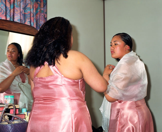 Edith Amituanai, The Bridesmaids, 2004, C-type photograph
