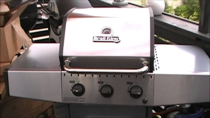 Mad Chefs BBQ - Afsnit 2: Broil King Crown 320 Gasgrill - køb på www.homeshop.dk